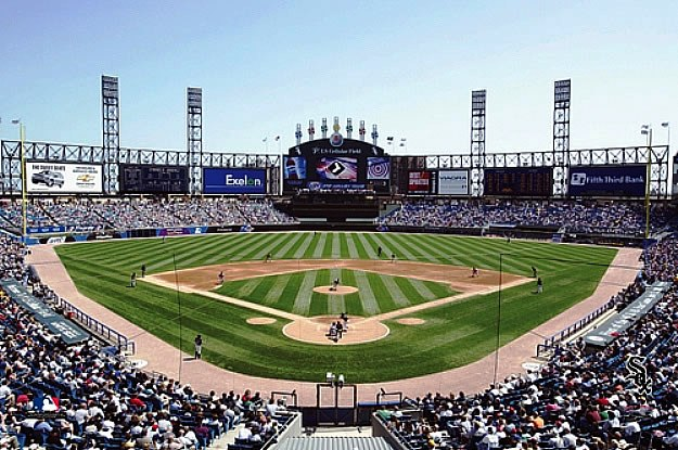 Chicago white sox u s cellular field wall mural for Baseball stadium mural wallpaper